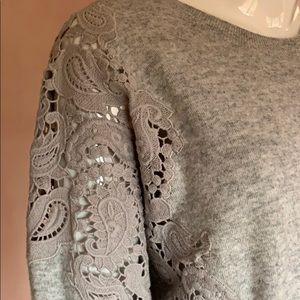 Yes Barker grey women sweater  size 5